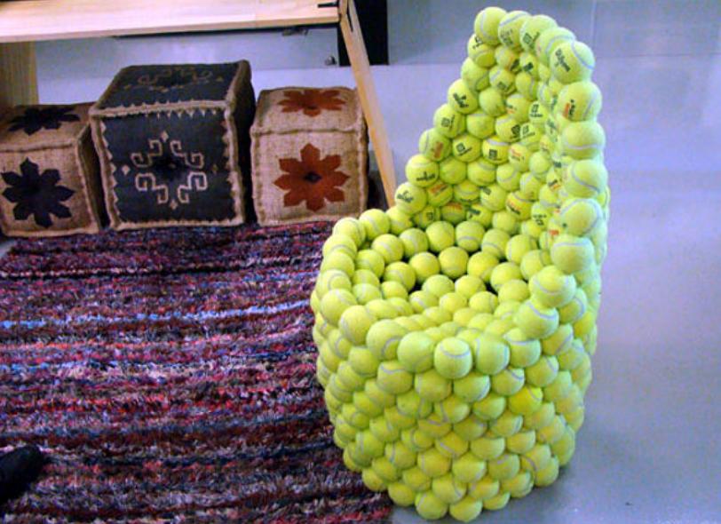 Из теннисного мячика своими руками